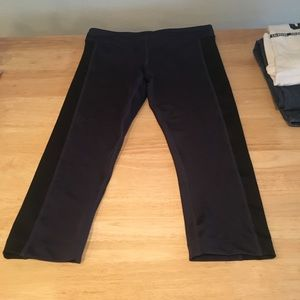 Women's Zumba fitness crop it capri-pants